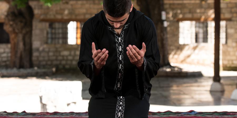Как совершать покаяние (тауба)?