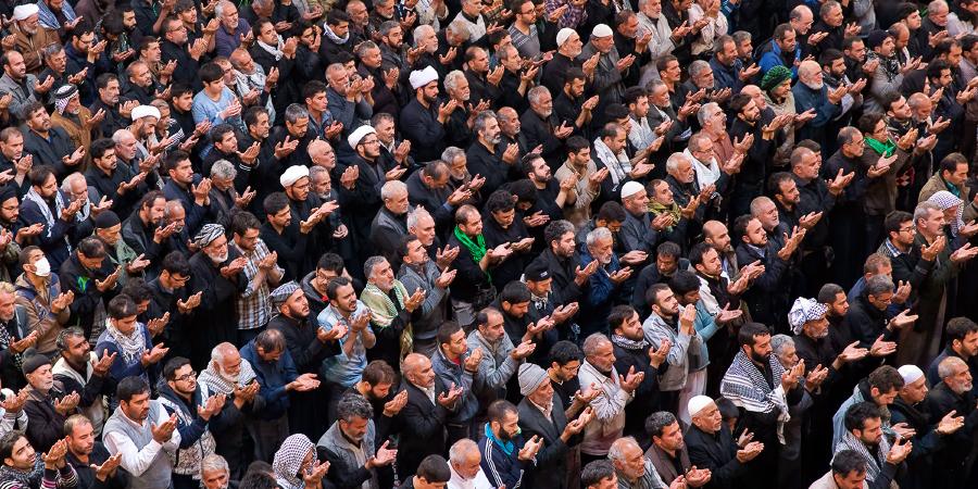 Совместный намаз мусульман-шиитов