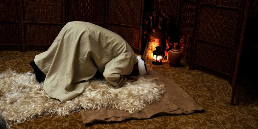 История мученичества Рашида аль-Хиджри, которому отрезали конечности ивырвали язык за отказ проклинать Имама Али