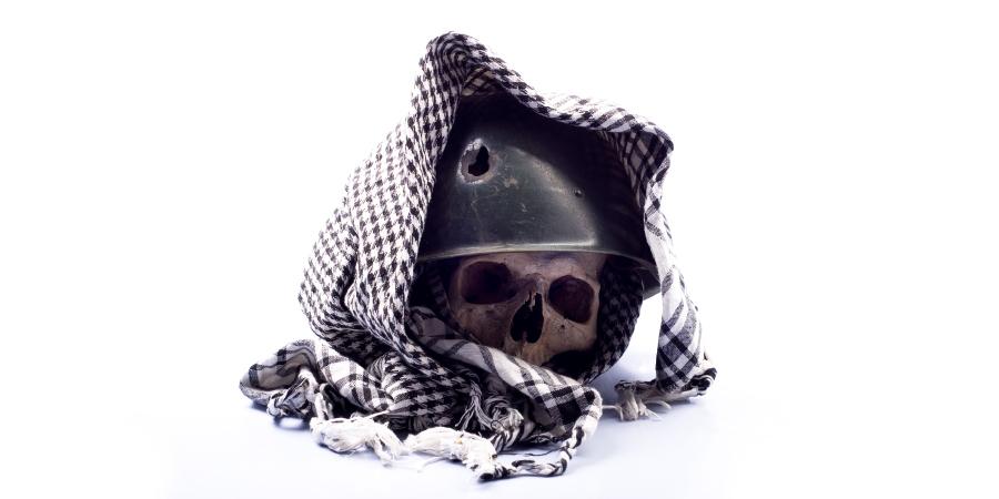 Хадисы о том, что руководство Ахль аль-Бейт не принимается без отречения от их врагов