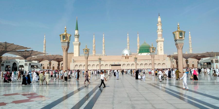 В чём сакральный смысл пожелания мира Посланнику Аллаха?