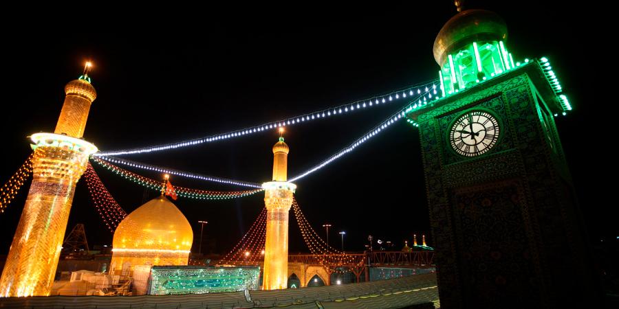 Башня с часами перед харамом Имама Хусейна, Кербела, Ирак