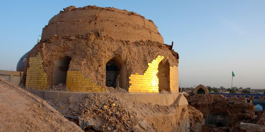 Купол харама комплекса Аскарейн после взрыва, устроенного ваххабитами, Самарра, Ирак