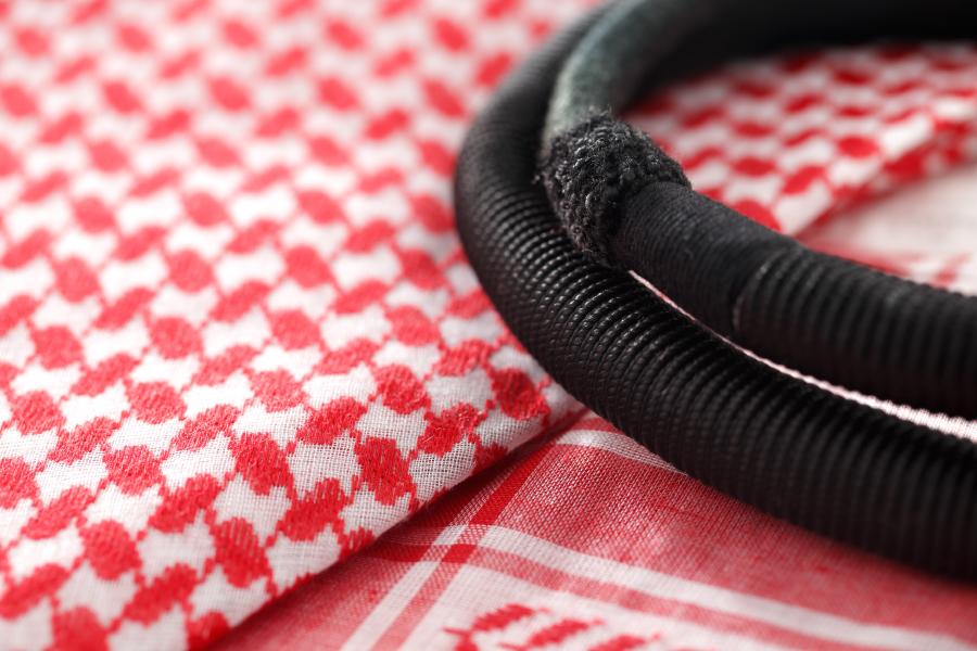 Красная арабская куфия