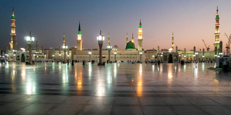 Мечеть Пророка в сумерках, Медина, Саудовская Аравия